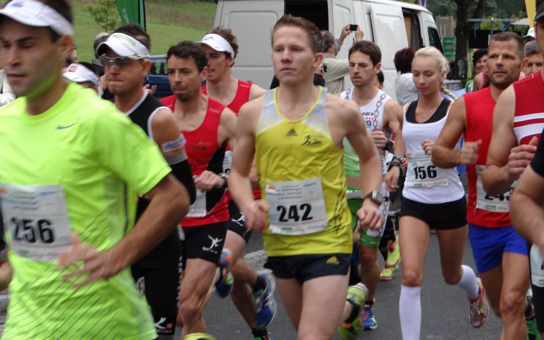 13. Moosburger Halbmarathon, Halbmarathonstaffel, Volkslauf und Kinderlauf am Samstag den 27.09.2014 um 12.30 Uhr